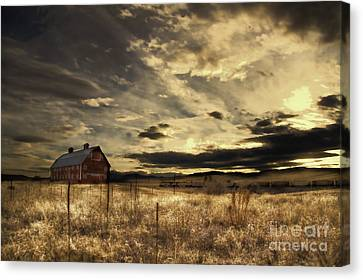 Dusk At The Red Barn Canvas Print by Kristal Kraft