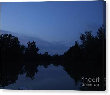 Canvas Print featuring the photograph Dusk On The River by Deborah DeLaBarre