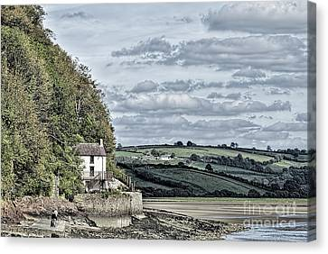 Dylan Thomas Boathouse At Laugharne Canvas Print by Steve Purnell