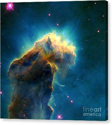 Eagle M16-ngc 6611-eagle Nebula Canvas Print by Science Source