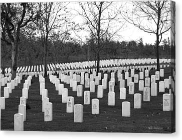 Eagle Point National Cemetery In Black And White Canvas Print by Mick Anderson