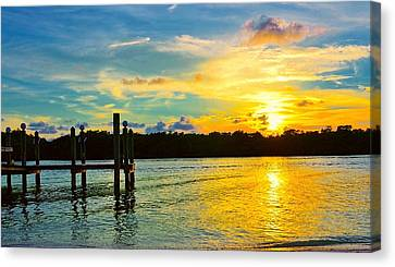 Early Evening On Sombrero Beach Canvas Print