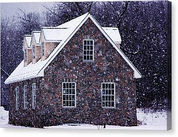 Canvas Print featuring the photograph Early January Snow In Maryland by Andy Lawless