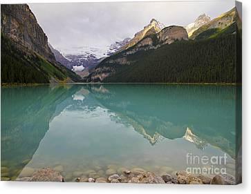 Early Morning At Lake Louise Canvas Print by Teresa Zieba
