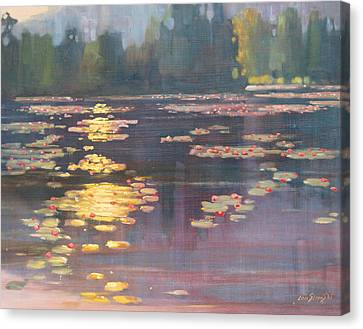 Early Morning Canvas Print by Len Stomski