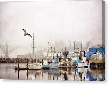 Early Morning Newport Oregon Canvas Print by Carol Leigh