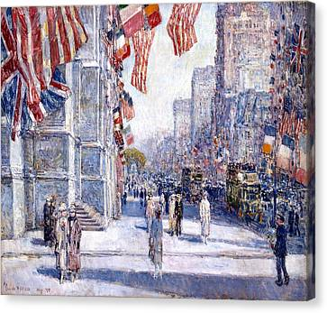 Early Morning On The Avenue Canvas Print by Frederick Childe Hassam