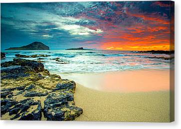 Canvas Print featuring the photograph Early Morning Sunrise by Robert  Aycock