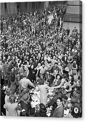 Early Ve-day On Wall Street Canvas Print by Underwood Archives