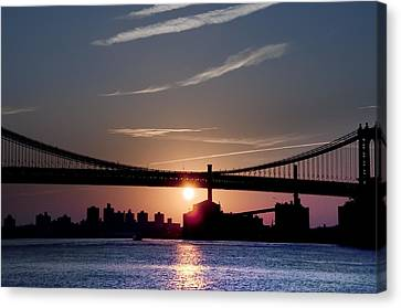 East River Sunrise - New York City Canvas Print