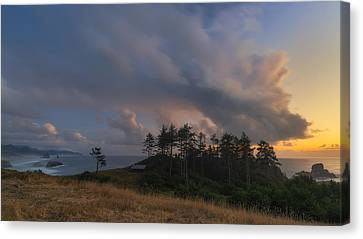 Ecola And The Oregon North Coast Canvas Print by Ryan Manuel