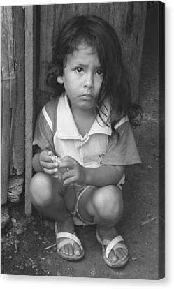 Canvas Print featuring the photograph Ecuadorian Girl by Paul Miller