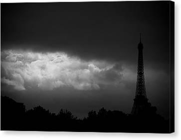Eiffel Tower Canvas Print by Fabrizio Troiani