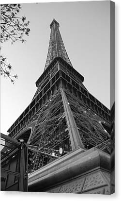 Canvas Print featuring the photograph Eiffel Tower In Black And White by Jennifer Ancker