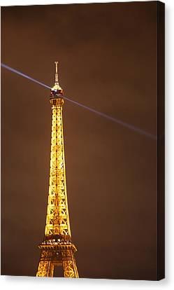 Eiffel Tower - Paris France - 011332 Canvas Print by DC Photographer