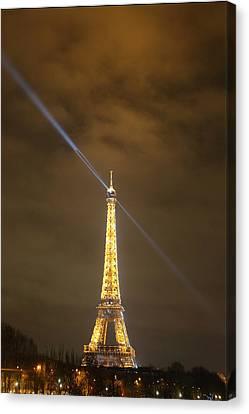 Eiffel Tower - Paris France - 011349 Canvas Print by DC Photographer