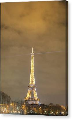 Eiffel Tower - Paris France - 011351 Canvas Print by DC Photographer
