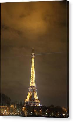 Eiffel Tower - Paris France - 011352 Canvas Print by DC Photographer