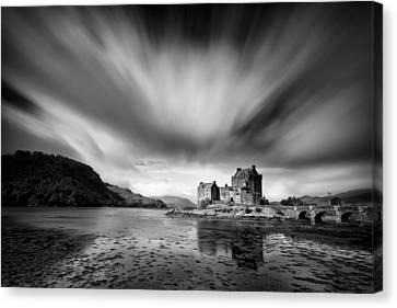 Eilean Donan Castle 1 Canvas Print