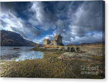 Eilean Donan Castle Scotland Canvas Print by John Kelly
