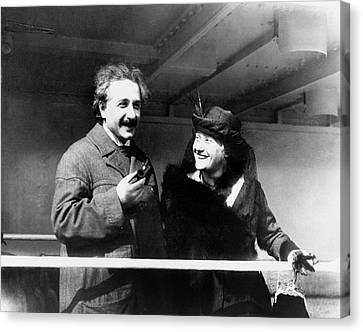 Einstein And His Second Wife Elsa Canvas Print by Emilio Segre Visual Archives/american Institute Of Physics