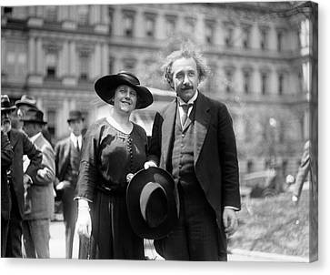 Einstein And His Second Wife Elsa Canvas Print by Library Of Congress