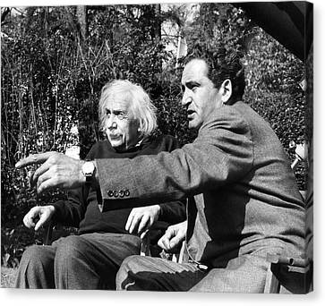 Einstein And Zvi Gezari Canvas Print by Emilio Segre Visual Archives/american Institute Of Physics