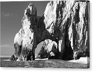 El Arco In Black And White Canvas Print by Sebastian Musial