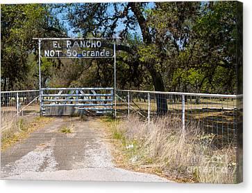 El Rancho Not So Grande Canvas Print by Vinnie Oakes