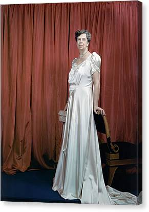 Eleanor Roosevelt In A Rosy-white Gown Canvas Print