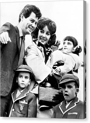 Elizabeth Taylor With Family Canvas Print