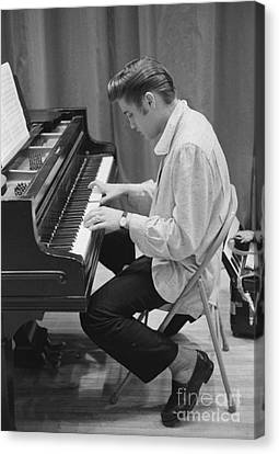 Elvis Canvas Print - Elvis Presley On Piano While Waiting For A Show To Start 1956 by The Harrington Collection