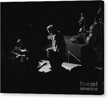 Elvis Presley On Stage At The Fox Theater In Detroit 1956 Canvas Print by The Harrington Collection