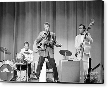 Elvis Presley With D.j. Fontana And Bill Black 1956 Canvas Print