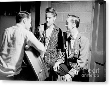 Elvis Presley With Gene Smith And Scotty Moore 1956 Canvas Print by The Harrington Collection