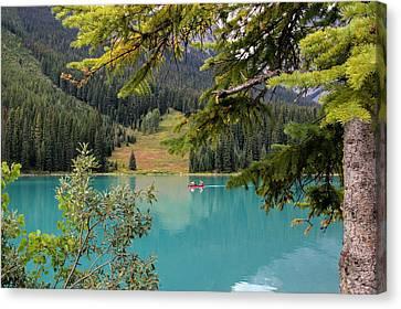 Emerald Lake British Columbia Canvas Print