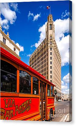 Emily Morgan Hotel And Red Streetcar - San Antonio Texas Canvas Print