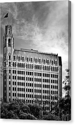 Emily Morgan Hotel In San Antonio Canvas Print