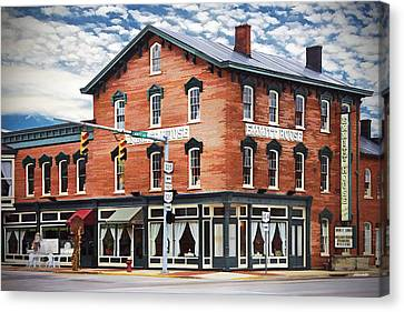 Canvas Print featuring the photograph Emmitt House Corner by Jaki Miller