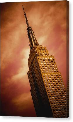 Empire State Building Canvas Print by Hemantha Fernando