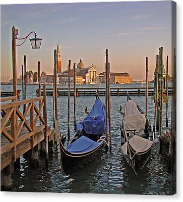 Venice End Of A Day Canvas Print