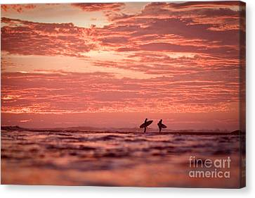 Canvas Print featuring the photograph End Of A Perfect Day by Paul Topp