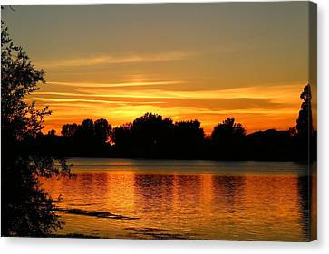 Canvas Print featuring the photograph End Of Summer Sunset by Lynn Hopwood