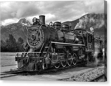 Canvas Print featuring the photograph Engine 73 by Dawn Currie