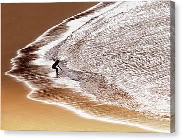 Warm Canvas Print - Enjoy Seawater by Saeed Dhahi