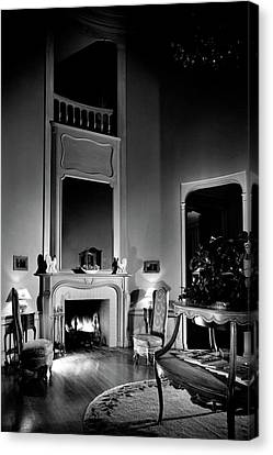Entrance Hall Of Joan Bennett And Walter Wagner's Canvas Print