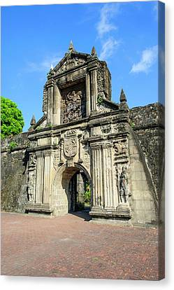 Entrance To Old Fort Santiago Canvas Print by Michael Runkel
