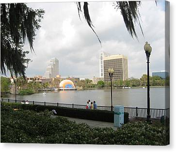 Eola Park In Orlando Canvas Print by Judith Morris