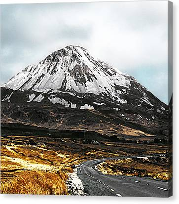 Errigal Donegal Ireland Canvas Print by Jane McIlroy