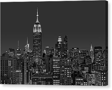 Esb Surrounded By The Flatiron District Bw Canvas Print by Susan Candelario